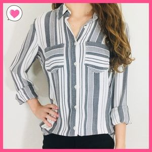NWT Cream/Black woven vertical stripe button up XS